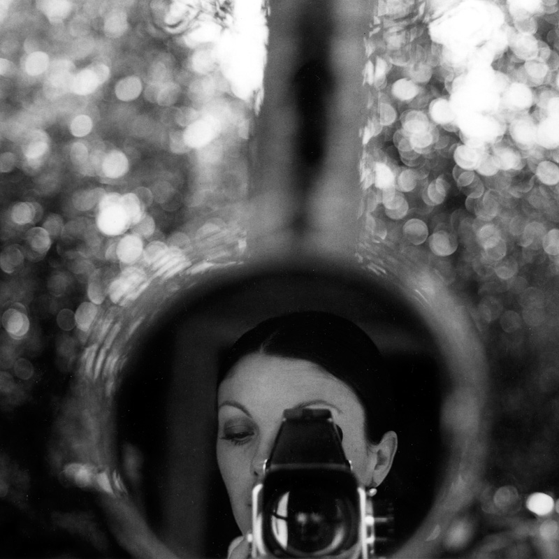 2016-FOTOSEPTIEMBRE-USA_Calendar_Graciela-Iturbide_A-Lens-To-See-Exhibition_Ruiz-Healy-Art